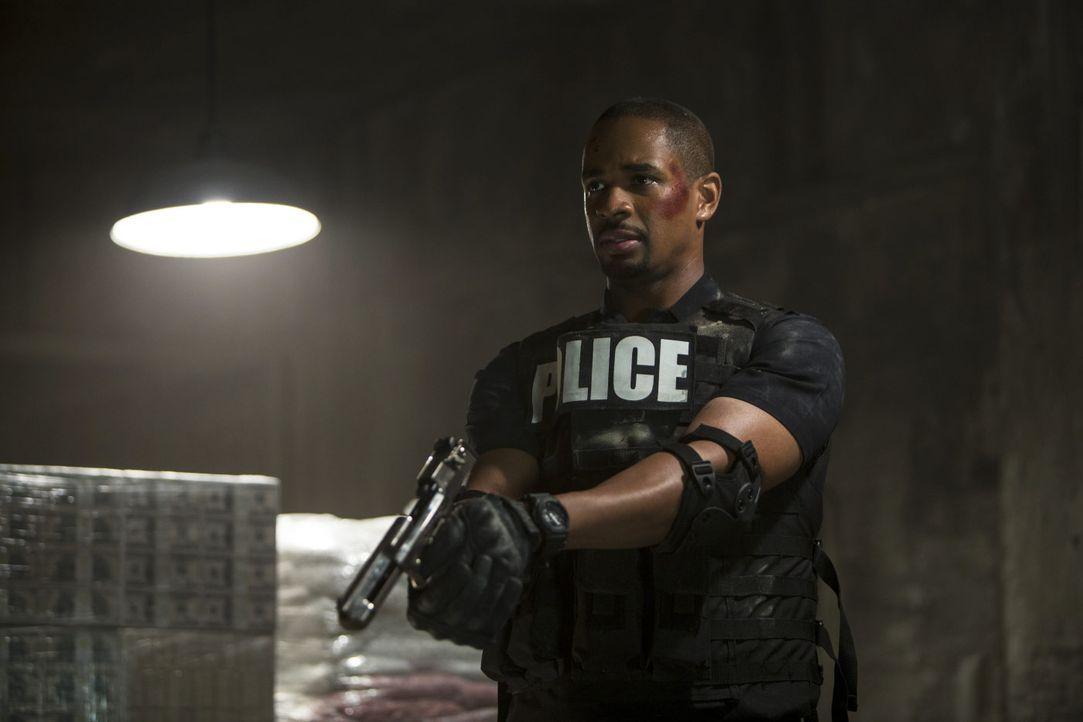 Lets-be-Cops-04-2014Twentieth-Century-Fox