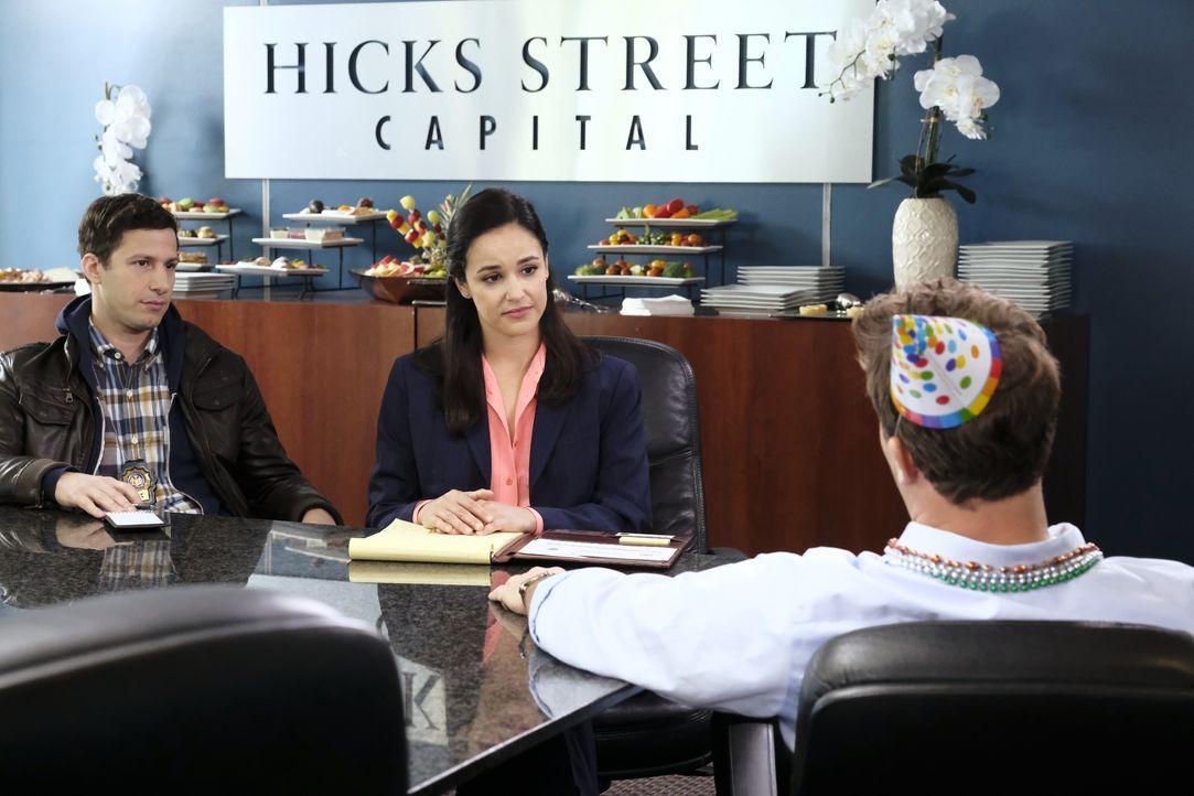 Jake Peralta (Andy Samberg, l.); Amy Santiago (Melissa Fumero, r.) - Bildquelle: Trae Patton 2019 UNIVERSAL TELEVISION LLC. All rights reserved. / Trae Patton