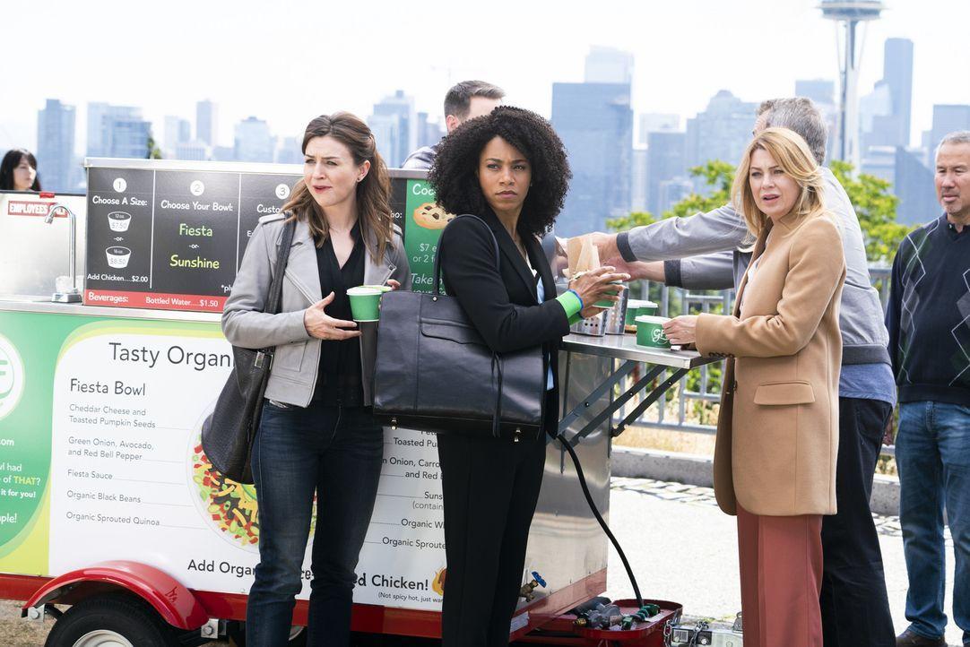 (v.l.n.r.) Dr. Amelia Shepherd (Caterina Scorsone); Dr. Maggie Pierce (Kelly McCreary); Dr. Meredith Grey (Ellen Pompeo) - Bildquelle: Derek Johnson ABC Studios/Derek Johnson