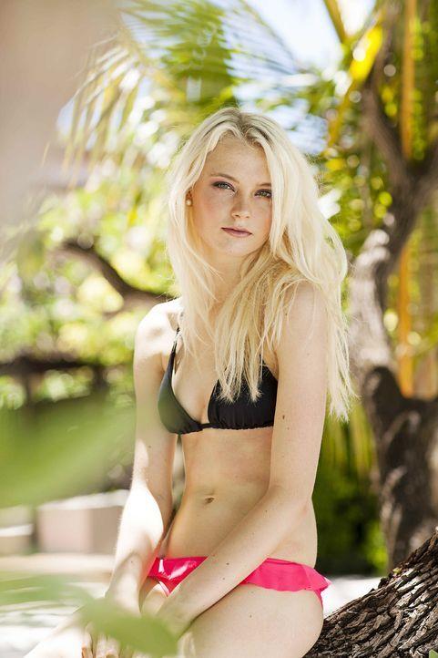 GNTM-Stf10-Epi13-Bikini-Shooting-Malediven-44-Katharina-ProSieben-Boris-Breuer - Bildquelle: ProSieben/Boris Breuer