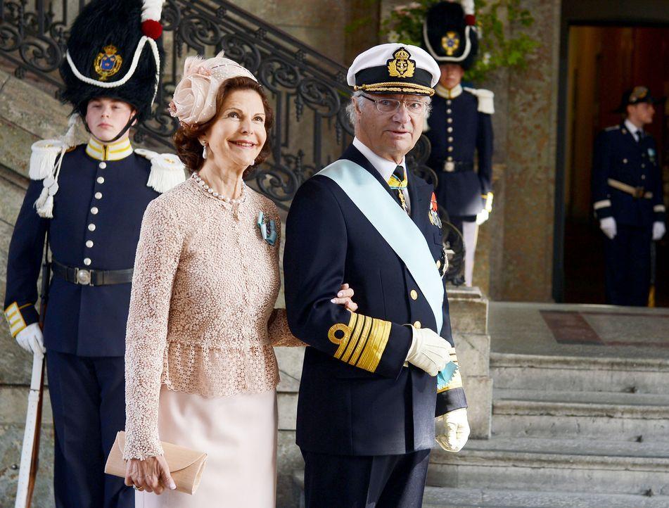 Taufe-Prinzessin-Estelle-von-Schweden-12-05-22-01-dpa - Bildquelle: dpa picture alliance