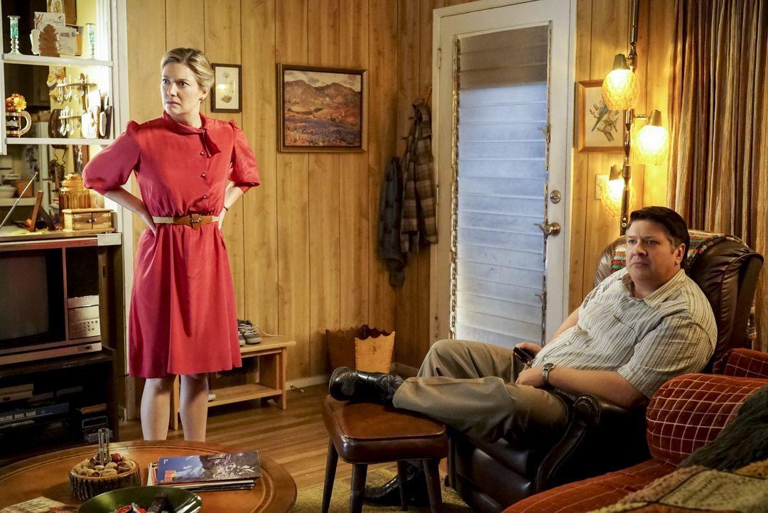 Mary (Zoe Perry, l.); George Sr. (Lance Barber, r.) - Bildquelle: Bill Inoshita 2018 CBS Broadcasting, Inc. All Rights Reserved. / Bill Inoshita