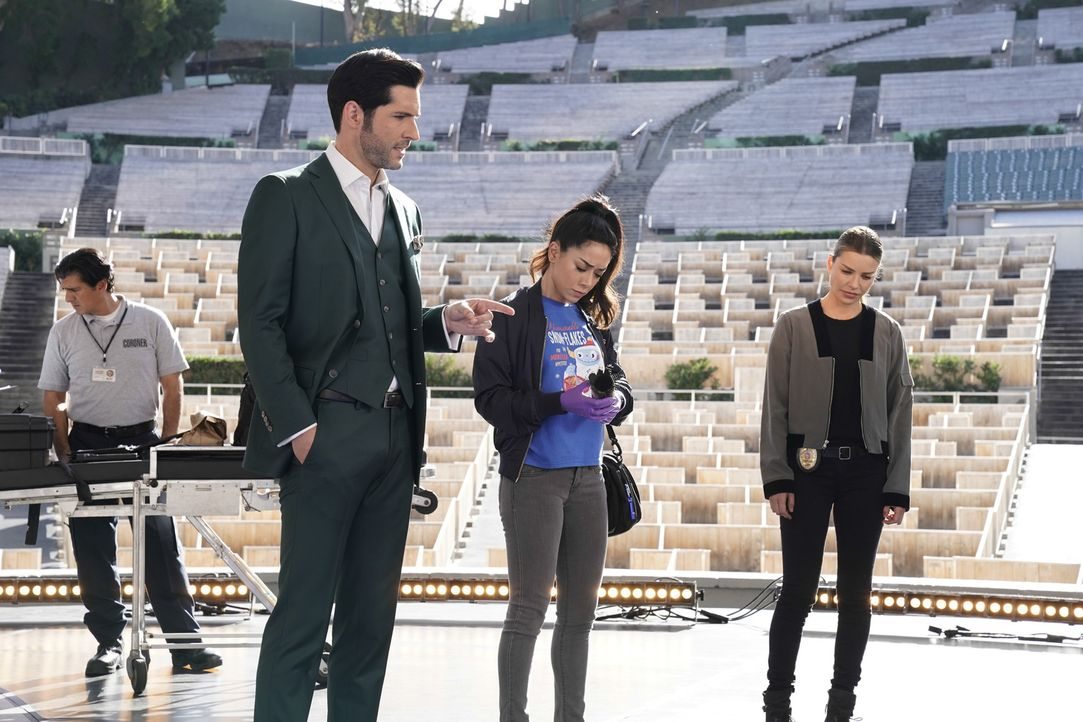 (v.l.n.r.) Lucifer (Tom Ellis); Ella (Aimee Garcia); Chloe (Lauren German) - Bildquelle: Erik Voake 2017 Fox Broadcasting Co.