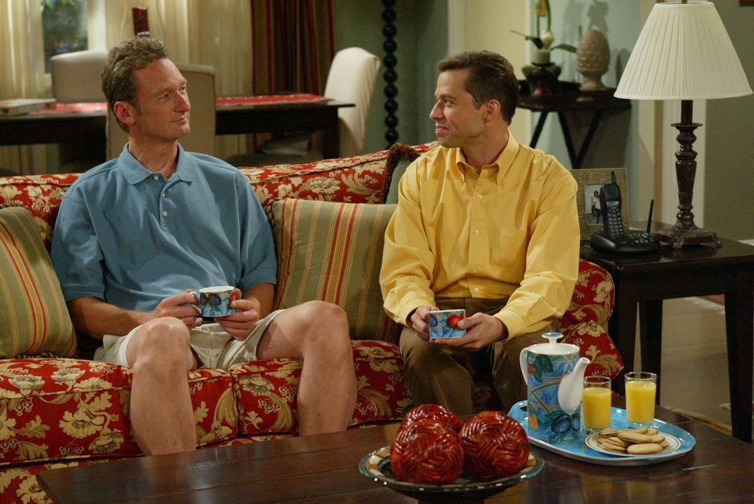 Dr. Greg Melnick (Ryan Stiles, l.); Alan Harper (Jon Cryer, r.) - Bildquelle: Warner Brothers Entertainment Inc.