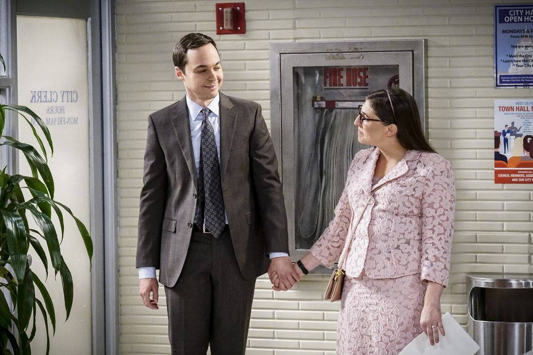 Fassen einen Entschluss, der ihren Start in die Ehe erheblich verändern könnte: Sheldon (Jim Parsons, l.) und Amy (Mayim Bialik, r.) ... - Bildquelle: Warner Bros. Television