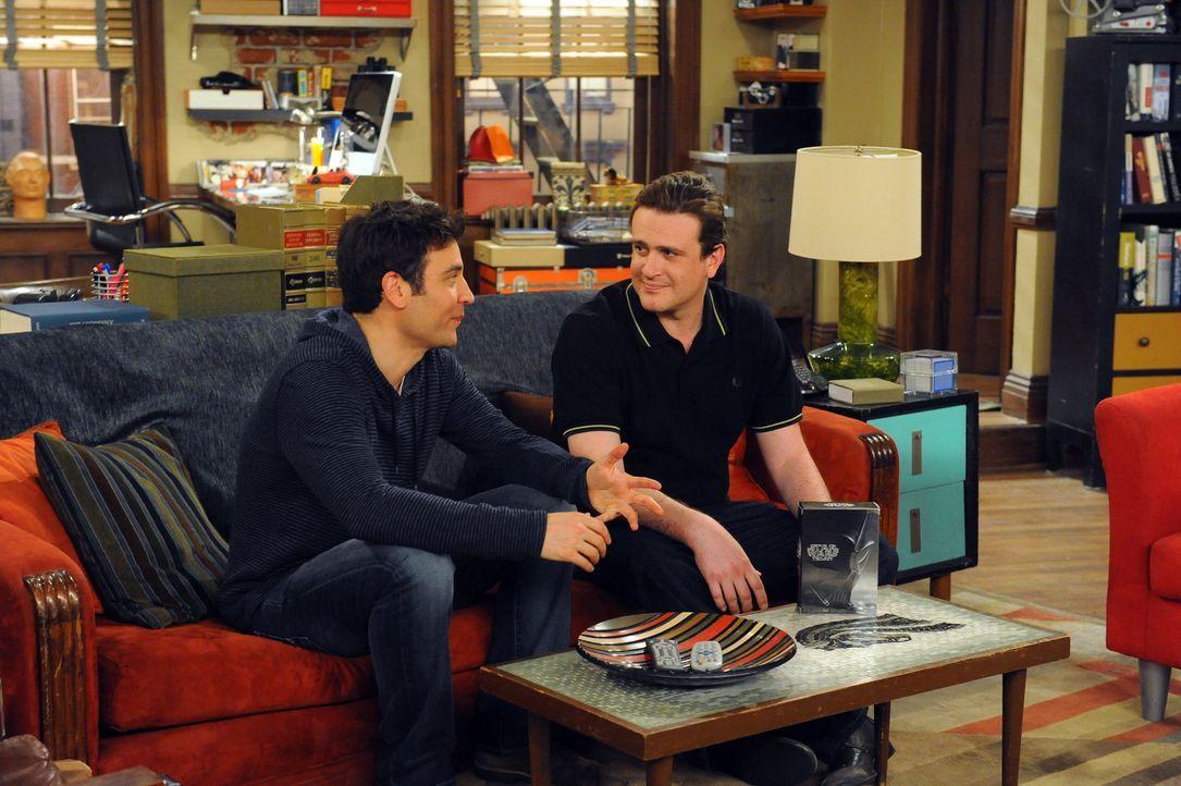 """Ted (Josh Radnor, l.), Marshall (Jason Segel, r.) und Barney starten mit einer neuen """"Trilogie-Zeit"""", wo sie sich alle drei Jahre zusammensetzen, um... - Bildquelle: 20th Century Fox International Television"""