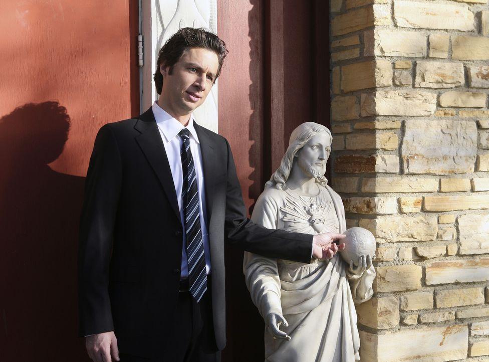 J.D. (Zach Braff) nimmt an der Trauerfeier von Schwester Laverne teil ... - Bildquelle: Touchstone Television