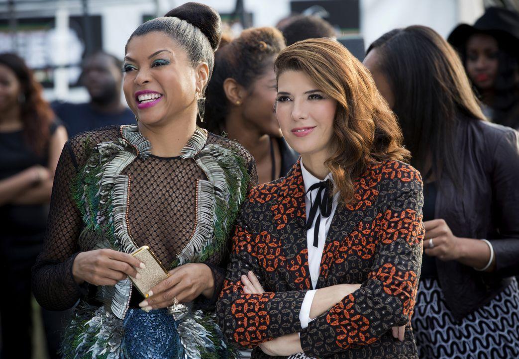 Cookie (Taraji P. Henson, l.) plant die lesbische Investorin Mimi Whiteman (Marisa Tomei, r.) zu beeindrucken, um mit deren Millionen sie, Andre und... - Bildquelle: 2015-2016 Fox and its related entities.  All rights reserved.