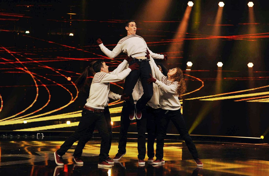 Got-To-Dance-Own-Risk-04-SAT1-ProSieben-Willi-Weber - Bildquelle: SAT.1/ProSieben/Willi Weber