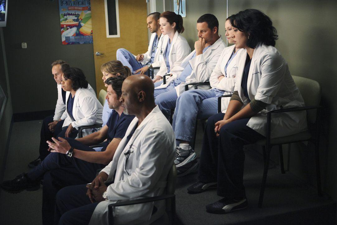 Ein Amokläufer hat in einem College das Feuer auf Studenten und Lehrkörper eröffnet. Dutzende Patienten werden im Seattle Grace erwartet. Das rei... - Bildquelle: ABC Studios