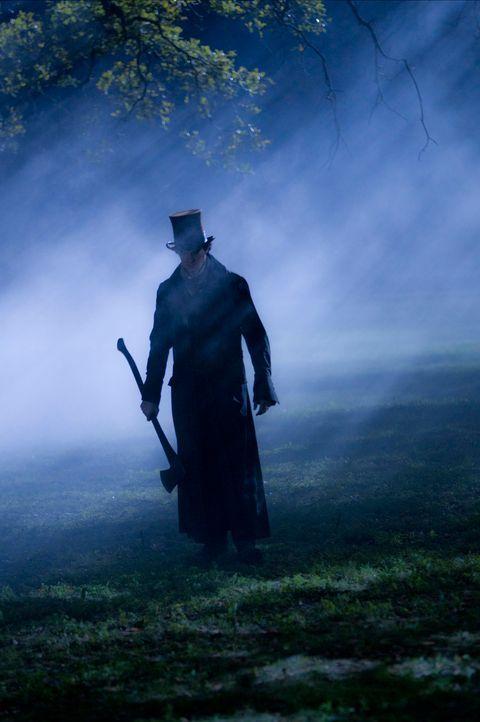 Bewaffnet mit einer Axt tritt Abraham Lincoln (Benjamin Walker) einen gnadenlosen Feldzug gegen das Böse an ... - Bildquelle: Stephen Vaughan 2012 Twentieth Century Fox Film Corporation. All rights reserved.
