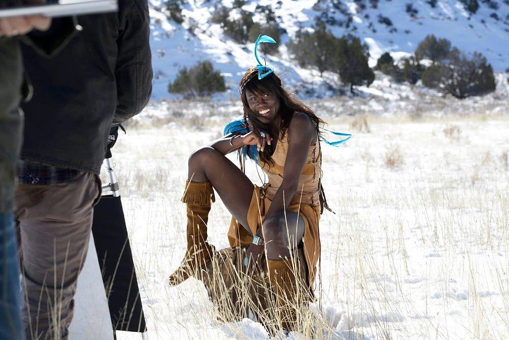 GNTM-Stf09-Epi08-Indianer-Shooting-19-ProSieben-Oliver-S - Bildquelle: ProSieben/Oliver S.