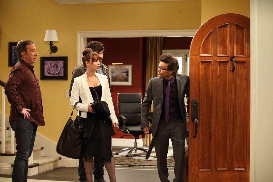 Jetzt wo ihre Schwester aufs College geht, beginnt Kristin (Amanda Fuller, 2.l.) zu überlegen, was sie mit ihrem Leben anfangen will. Da kommt es se... - Bildquelle: 2011 Twentieth Century Fox Film Corporation