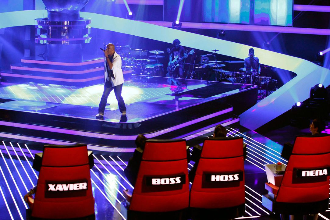 rayland-06-the-voice-of-germany-staffel-2-epi05-showjpg 2100 x 1400 - Bildquelle: SAT.1/ProSieben/Richard Hübner
