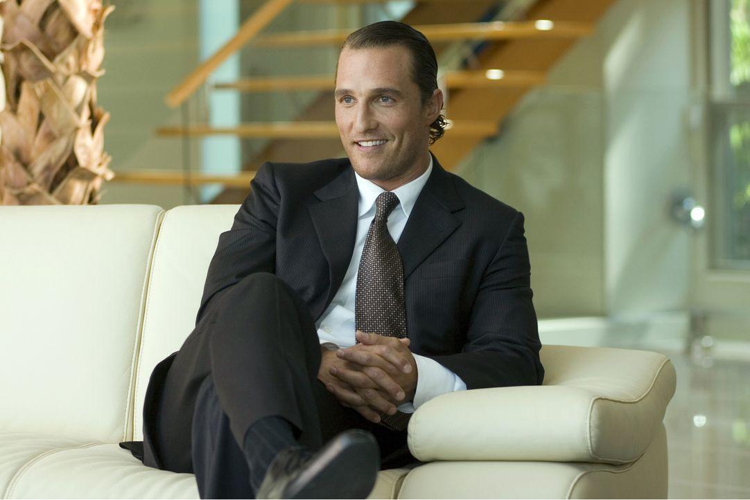 Zunächst kann Brendon (Matthew McConaughey) dank seiner hellseherischen Fähigkeiten Millionen erwetten. Doch dann verlässt ihn sein Glück und zwisch... - Bildquelle: Morgan Creek Productions
