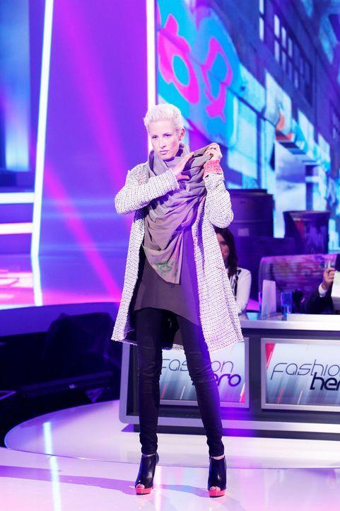 Fashion-Hero-Epi01-Gewinneroutfits-Henning-Christian-05-ProSieben-Richard-Huebner - Bildquelle: ProSieben / Richard Huebner