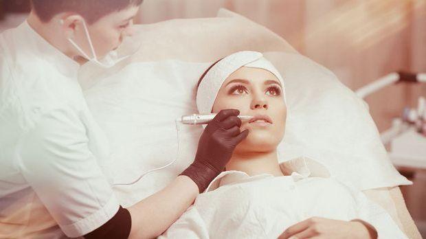 Wir haben unser die Behandlung von Aquarell Lips genauer angeschaut und beric...