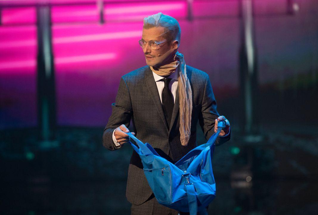 Kann Joko Winterscheidt das Publikum mit seiner Show überzeugen? - Bildquelle: Jens Hartmann ProSieben/Jens Hartmann