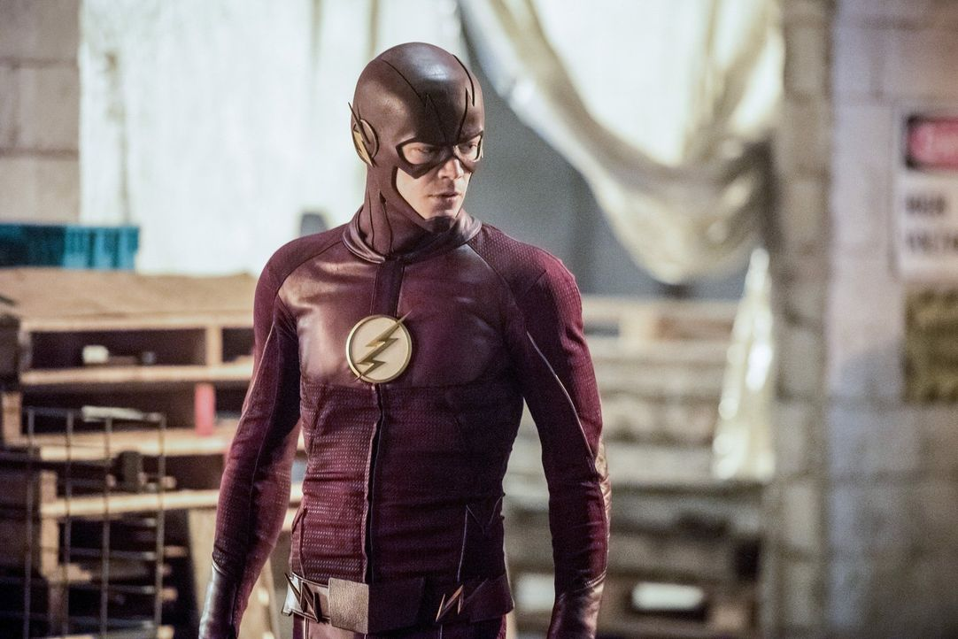 Noch ahnt Barry alias The Flash (Grant Gustin) nicht, welch erschreckende Erkenntnis er noch machen wird ... - Bildquelle: 2016 Warner Bros.