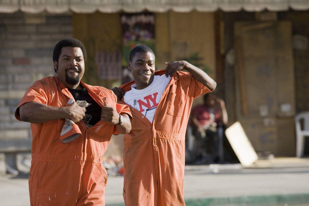 Nachdem sie festgenommen wurden, werden sie zu 5000 Sozialstunden verdonnert. Durell (Ice Cube, l.) und LeeJohn (Tracy Morgan, r.) sind davon gar ni... - Bildquelle: 2007 Screen Gems, Inc. All Rights Reserved.