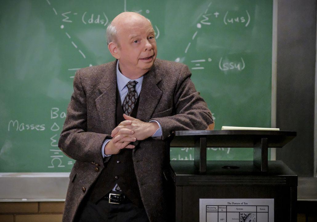 Dr. Sturgis (Wallace Shawn) - Bildquelle: Warner Bros.