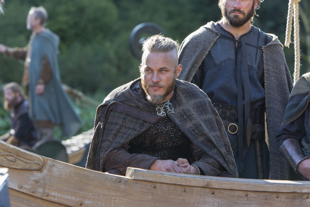 Hat immer eine Überraschung in petto: Ragnar (Travis Fimmel) ... - Bildquelle: 2013 TM TELEVISION PRODUCTIONS LIMITED/T5 VIKINGS PRODUCTIONS INC. ALL RIGHTS RESERVED.