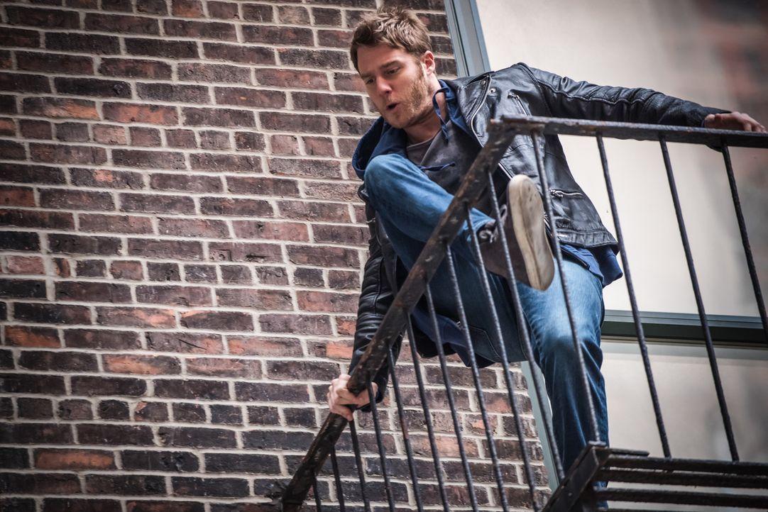 Als Brian Finch (Jake McDorman) durch Einnahme der mysteriösen Droge NZT Superkräfte hat, wird er vom FBI verpflichtet, bei der Auflösung von Krimin... - Bildquelle: Jeff Neumann 2015 CBS Broadcasting, Inc. All Rights Reserved