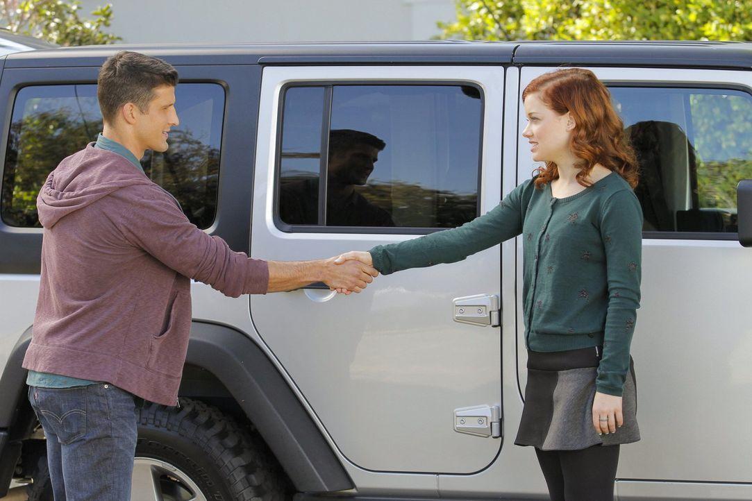 Alte Liebe rostet nicht? Tessa (Jane Levy, r.) wünscht sich nichts sehnlicher, als wieder mit Ryan (Parker Young, l.) zusammenzukommen. Doch wie ste... - Bildquelle: Warner Brothers