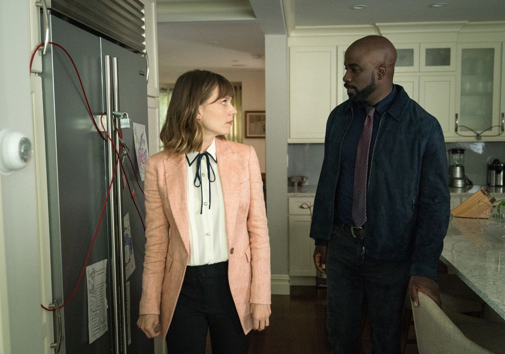 Kristen Bouchard (Katja Herbers, l.); David Acosta (Mike Colter, r.) - Bildquelle: Elizabeth Fisher 2019 CBS Broadcasting Inc. All Rights Reserved. / Elizabeth Fisher