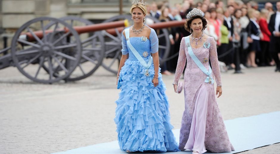 Prinzessin-Madeleine-von-Schweden-Koenigin-Silvia-10-06-19-AFP - Bildquelle: AFP