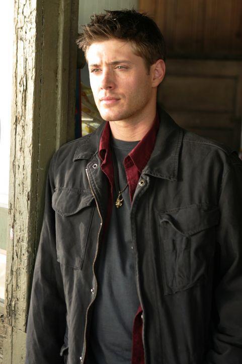 Überzeugt seinen Bruder Sam, mit ihm nach ihrem auf mysteriöse Art und Weise verschwunden Vater zu suchen: Dean (Jensen Ackles) ... - Bildquelle: Warner Bros. Television