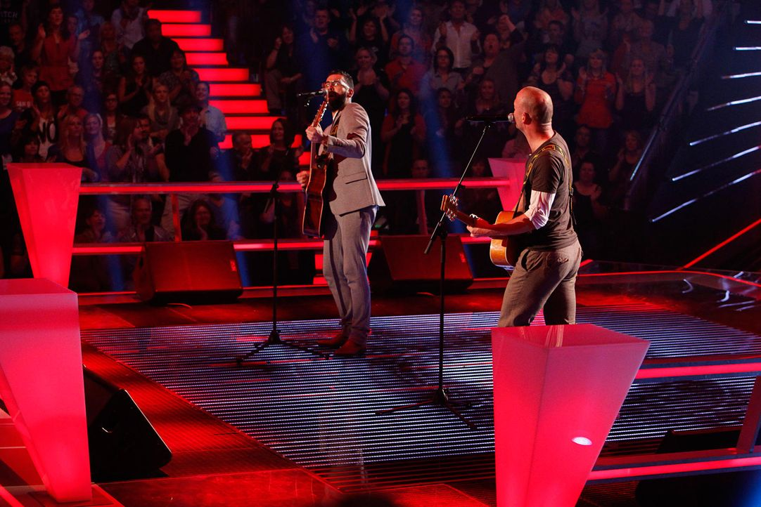 battle-james-vs-marcel-the-voice-of-germany-staffel-2-02-richard-huebnerjpg 1775 x 1184 - Bildquelle: SAT.1/ProSieben/Richard Hübner