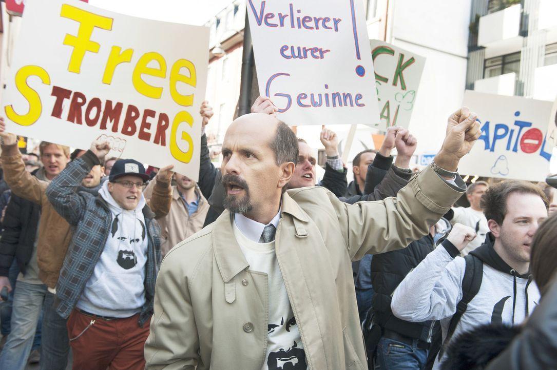 """""""Lass das mal den Papa machen, der Papa macht das gut!"""" Macht aus seiner Entlassung eine deutschlandweite Protestaktion - mit durchschlagendem Erfol... - Bildquelle: Willi Weber Brainpool"""
