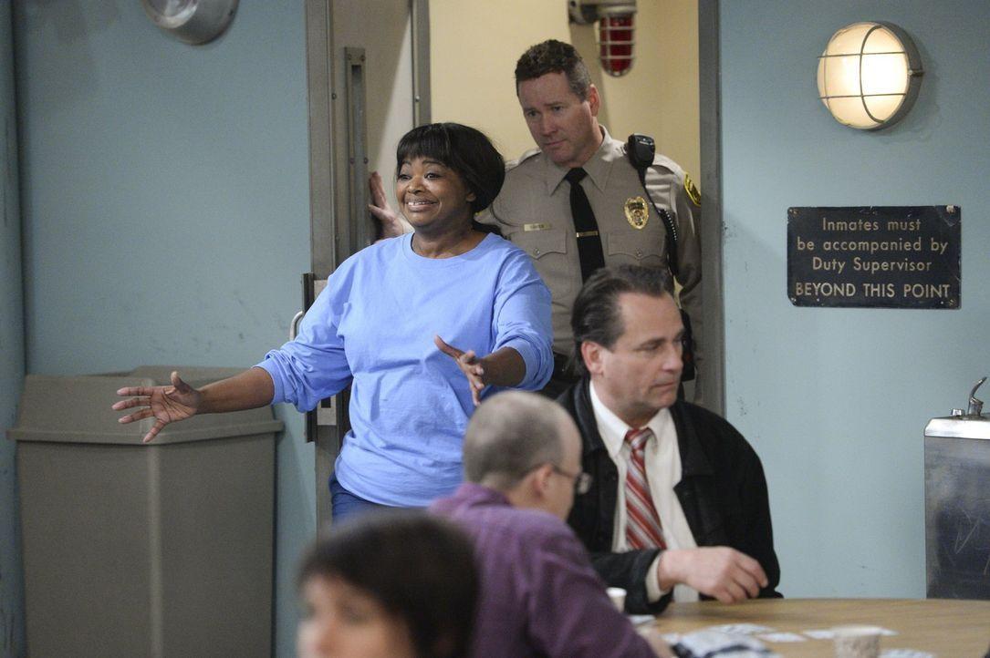 Von der sarkastischen Diebin zur ultrareligiösen Gefängnisinsassin: Regina (Octavia Spencer) ... - Bildquelle: Warner Bros. Television