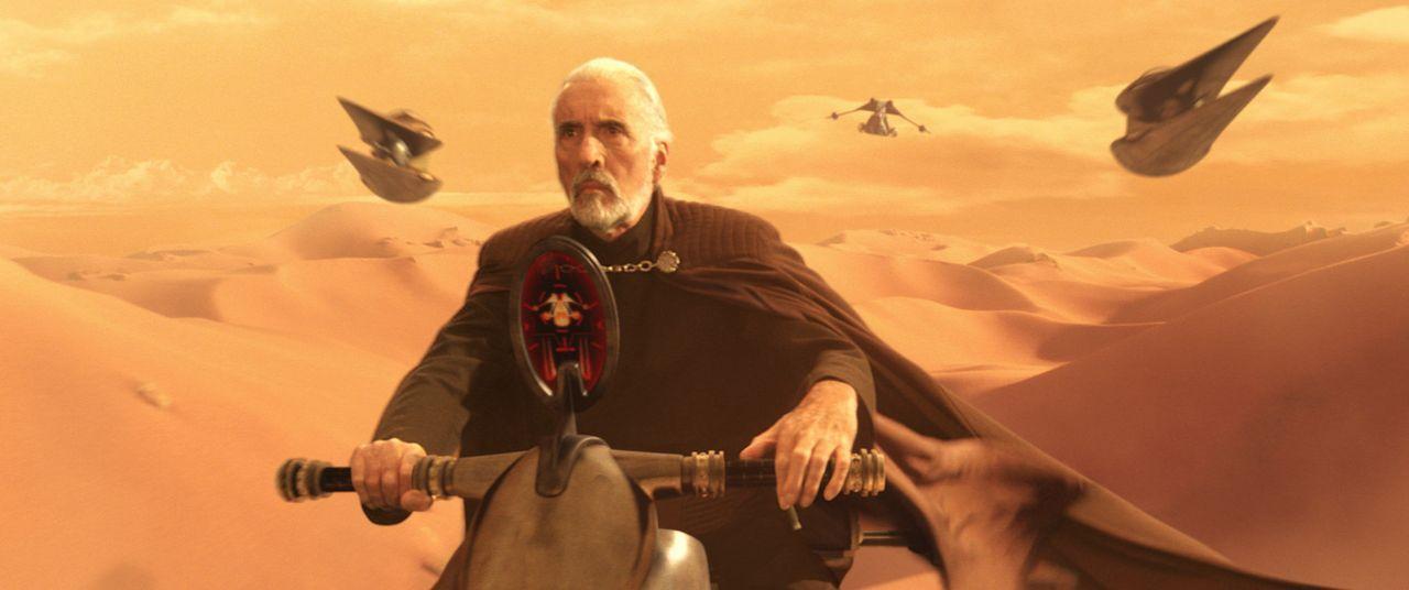 Der ehemalige Jedi-Meister Count Dooku (Christopher Lee) setzt alles daran, die Republik zu zerschlagen ... - Bildquelle: Lucasfilm Ltd. & TM. All Rights Reserved.