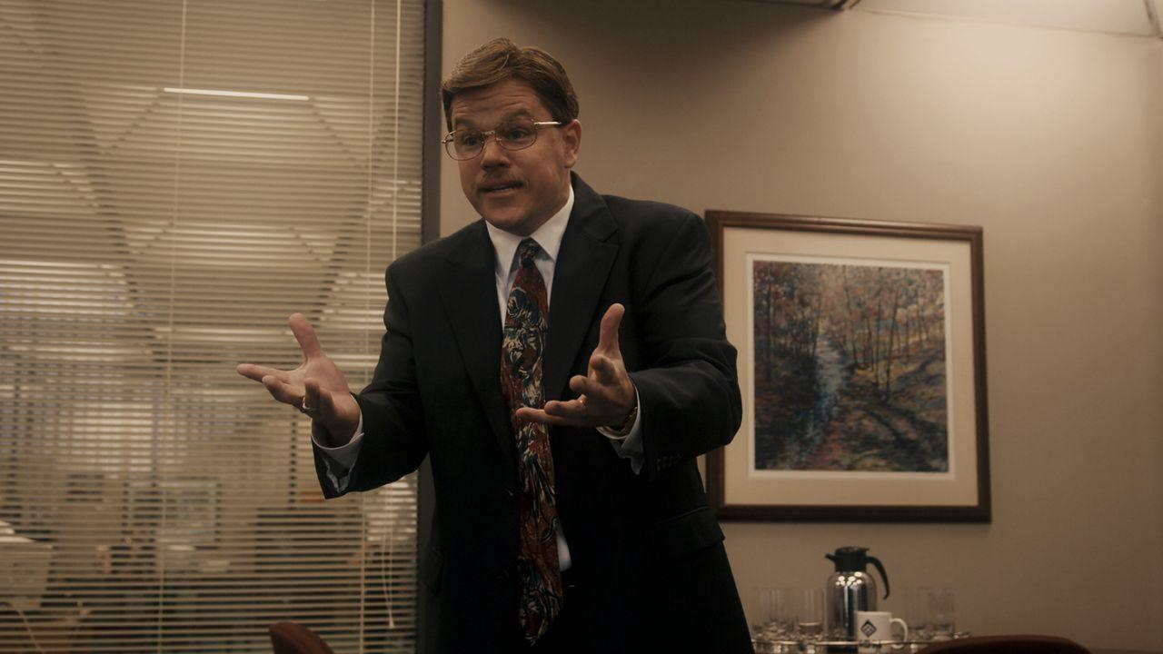 Um für einen Fehler nicht verantwortlich gemacht zu werden, erfindet Mark Whitacre (Matt Damon) eine Verschwörung, in der es um Sabotage und Erpre... - Bildquelle: Warner Bros. Pictures