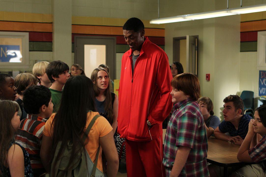 Was macht Scottie Pippen (Scottie Pippen, r.) in der Schule? - Bildquelle: 2015 American Broadcasting Companies. All rights reserved.