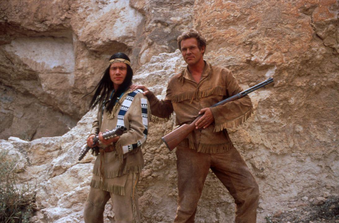 """Die Legende kehrt zurück: Abahachi (Michael """"Bully"""" Herbig, l.) und Ranger (Christian Tramitz, r.) ... - Bildquelle: herbX film gmbh"""