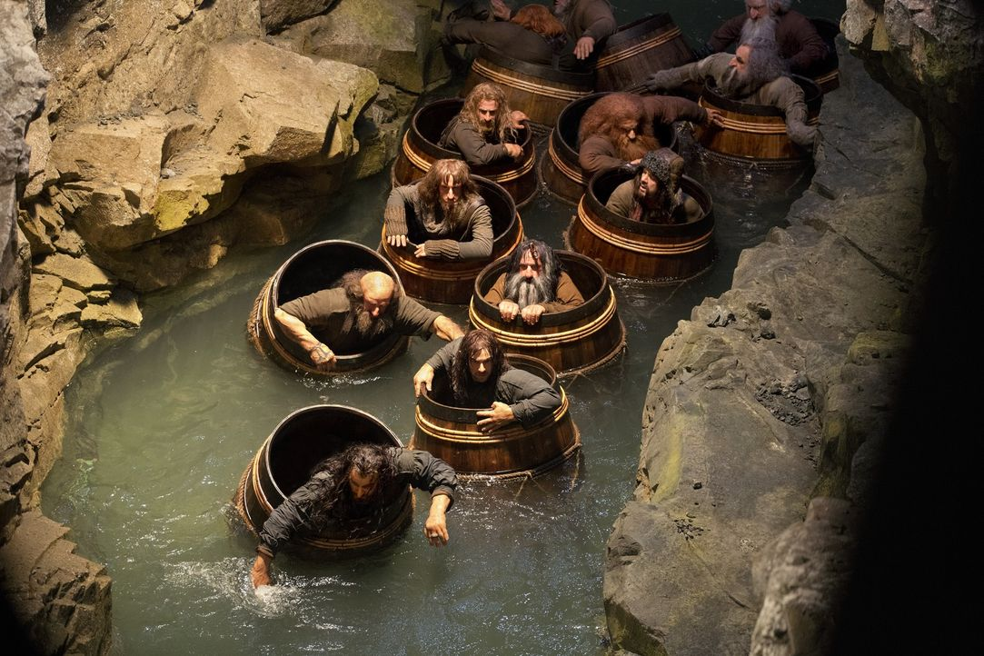 Thorin, Dwalin, Kili, Nori, Bifur, Fili, Bombur und Bofur (v. vorne n. hinten: Richard Armitage, Graham McTavish, Aidan Turner, Jed Brophy, William... - Bildquelle: 2013 METRO-GOLDWYN-MAYER PICTURES INC. and WARNER BROS. ENTERTAINMENT INC.