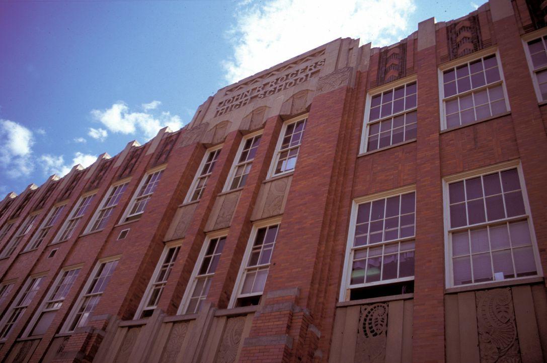 In den dunklen Gewölben von Roger´s High ereignen sich mysteriöse Dinge, an denen immer mehr Schüler tödlich erkranken ... - Bildquelle: North by Northwest Entertainment