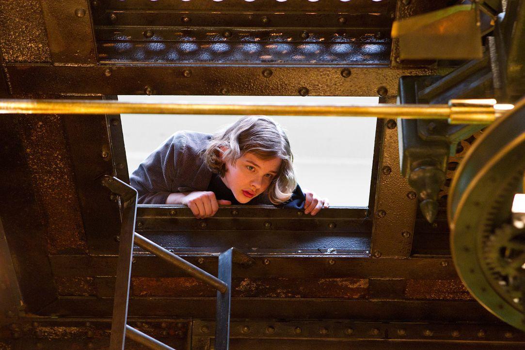 Gemeinsam mit Hugo macht sich Isabelle (Chloe Moritz) auf, das Geheimnis ihres Patenonkels zu lüften und diesen mit seiner Vergangenheit zu versöhne... - Bildquelle: Jaap Buitendijk 2011 GK Films.  All Rights Reserved.