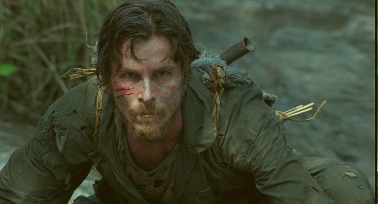 Der Kampfpilot Dieter Dengler (Christian Bale) ist kein normaler Soldat, aber in Gefangenschaft sind alle Menschen gleich ... - Bildquelle: 2006 Top Gun Productions, LLC. All Rights Reserved.