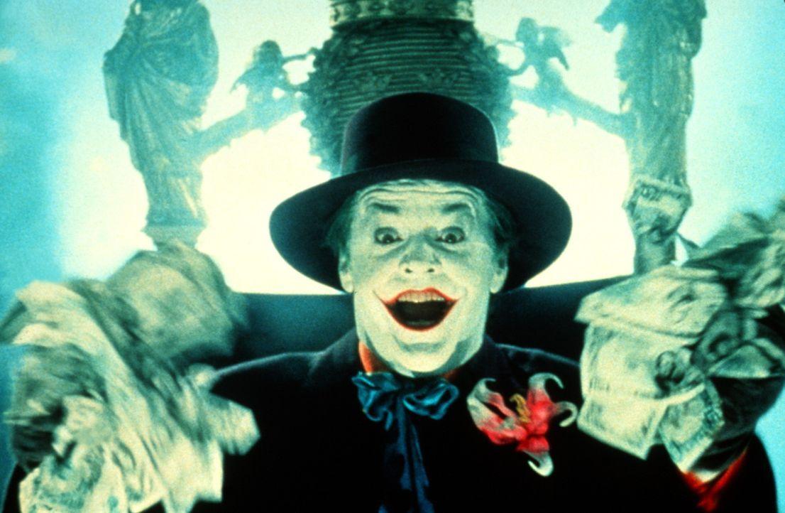 Der wahnsinnige Joker (Jack Nicholson) will die ganze Stadt mit seiner Geheimmixtur vergiften und alle Bewohner zu grinsenden Schatten seiner selbst... - Bildquelle: Warner Bros.