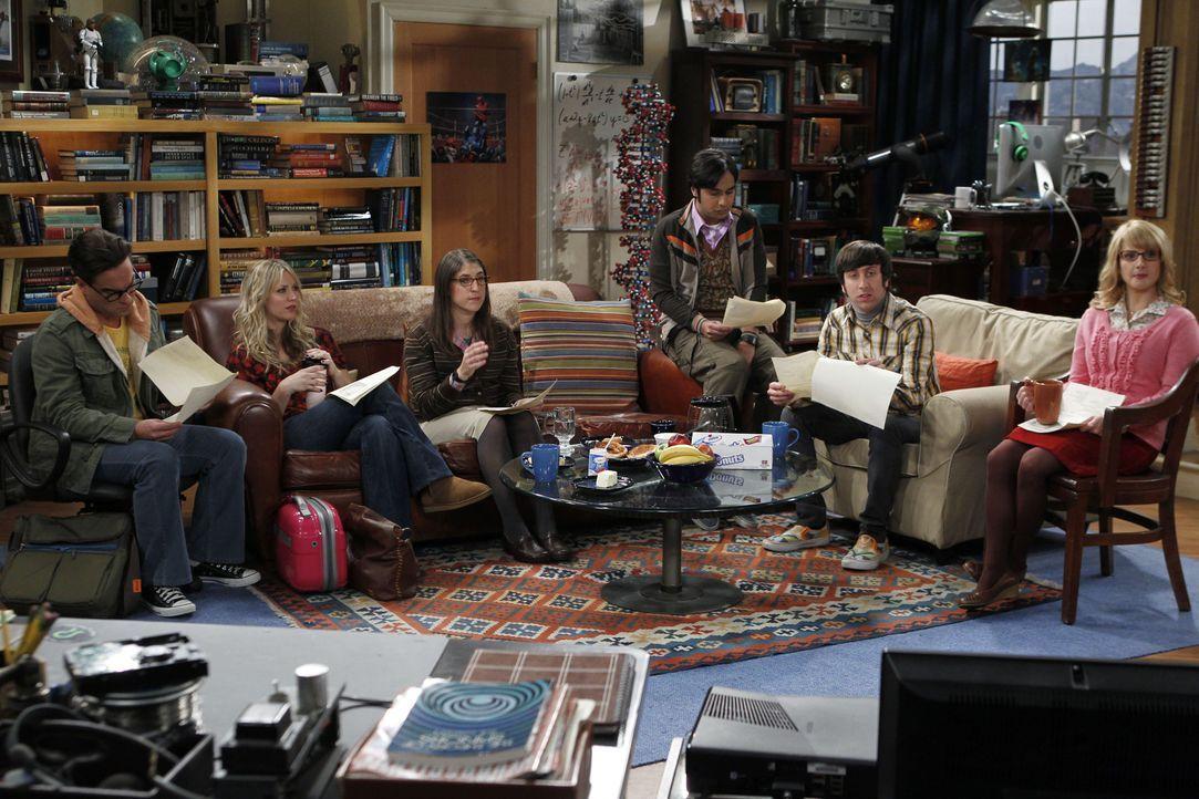 Fahren gemeinsam zu einer wissenschaftlichen Tagung - was natürlich im Chaos endet: Leonard (Johnny Galecki, l.), Penny (Kaley Cuoco, 2.v.l.), Amy (... - Bildquelle: Warner Bros. Television