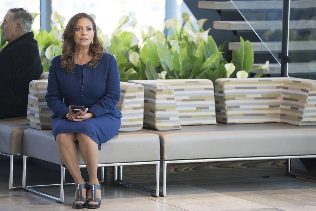 Dr. Catherine Avery (Debbie Allen) - Bildquelle: Eric McCandless ABC Studios/Eric McCandless