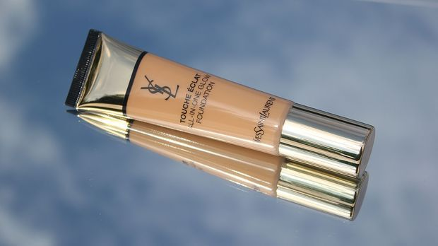 ImageProduct08_220821_Tinted-Moisturizer_Products-YSL_1200x675px