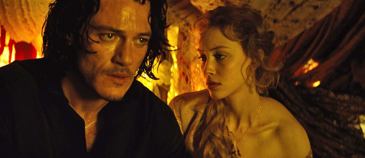 Dracula-Untold-15-Universal-Pictures