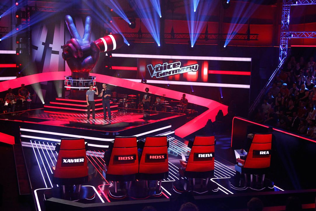 manumatei-03-the-voice-of-germany-staffel-2-epi04-showjpg 2000 x 1333 - Bildquelle: SAT.1/ProSieben/Richard Hübner