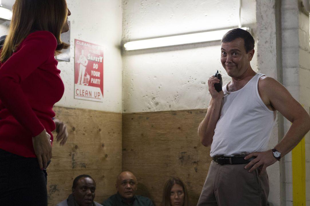 Charles Boyle (Joe Lo Truglio, r.) - Bildquelle: John P. Fleenor 2015 UNIVERSAL TELEVISION LLC. All rights reserved. / John P. Fleenor