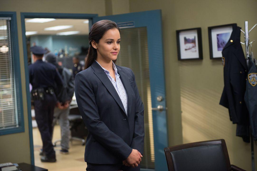 Amy Santiago (Melissa Fumero) - Bildquelle: Eddy Chen 2013 NBC Studios LLC. All Rights Reserved. / Eddy Chen